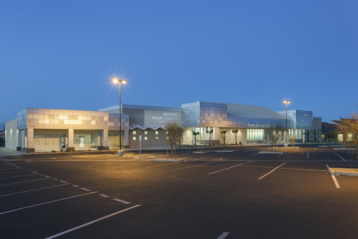 CMAA Honors Lundgren for Excellence on AV College Project